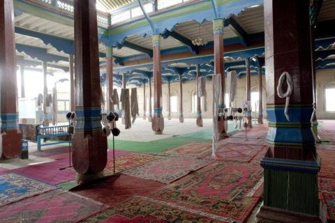 クチャ大寺内部
