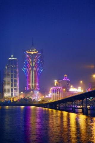 タイパ橋とグランドリスボアの夜景