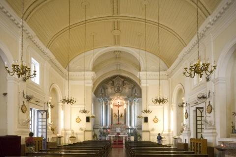 聖アントニオ教会内部 世界遺産