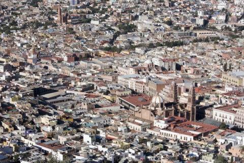 プーファの丘からサカテカス街並み カテドラル 世界遺産