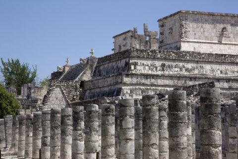 チチェンイッツァ遺跡 千本柱の間 世界遺産