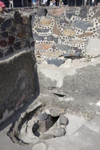 紀元前の水洗トイレ 世界遺産