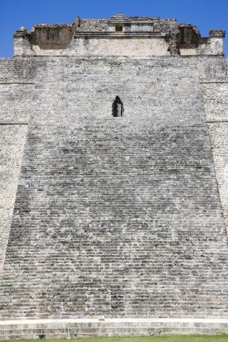 ウシュマル遺跡 魔法使いのピラミッド 世界遺産