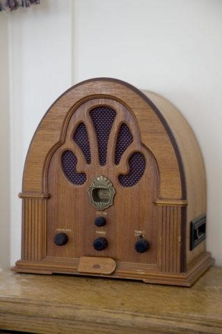 アンティックラジオ ワオナホテル