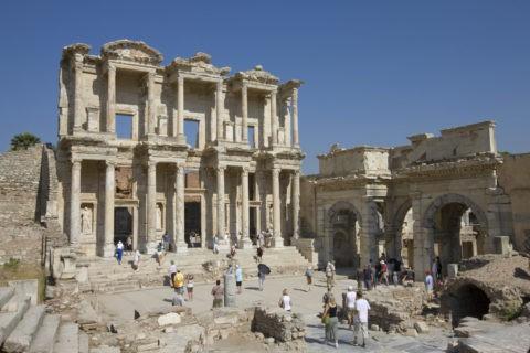 エフェス遺跡 ケルスス大図書館 世界遺産