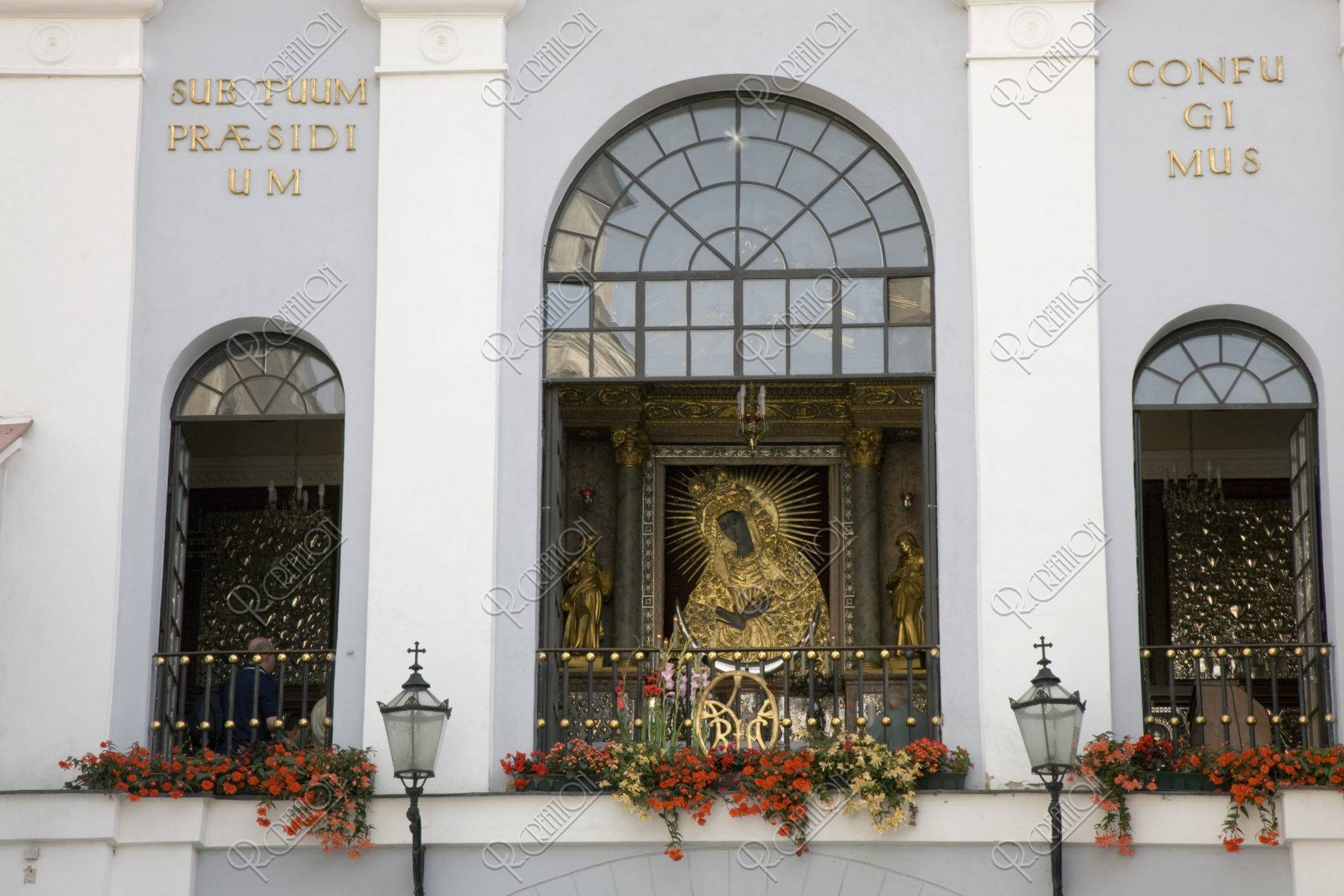 夜明けの門 聖母マリアのイコン 世界遺産