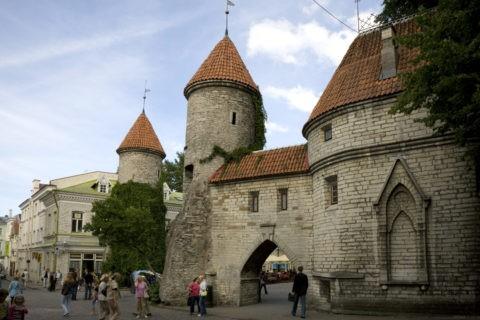 旧市街 ヴィル門 世界遺産