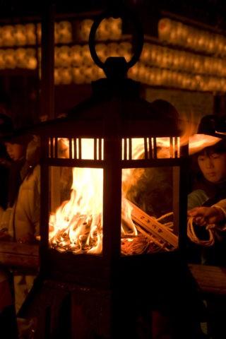 おけら祭りの火