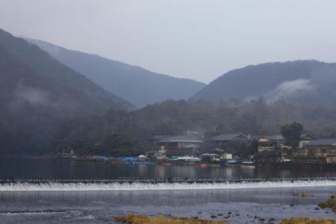 嵐山渡月橋と小倉山