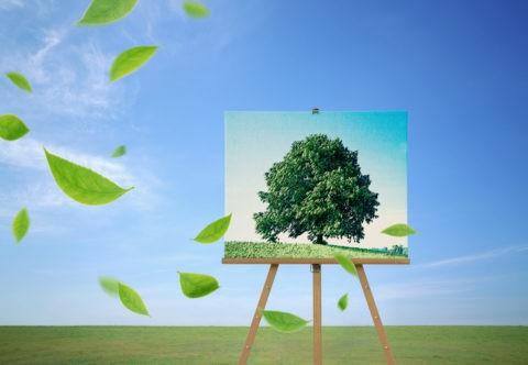 緑の丘と大樹の絵