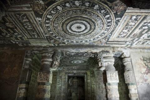 アジャンタ石窟 第2窟 仏殿と前室 世界遺産