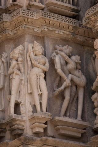 カジュラホ西群 カンダーリヤマハデーヴァ寺院 彫刻 世界遺産