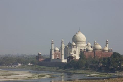 アーグラ城からのタージマハル 世界遺産