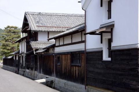 近江商人屋敷の家並み