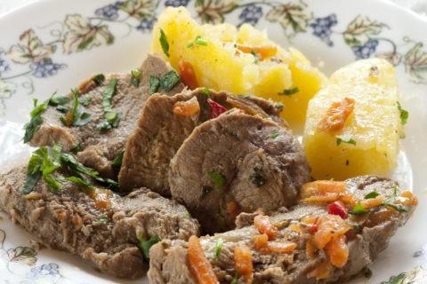 ルーマニア料理 ヴィツェル