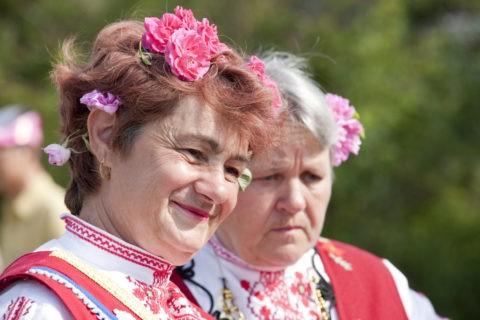 バラ祭りの人々