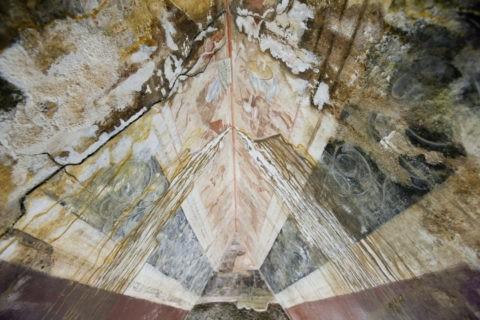トラキア人の墓 天井画 レプリカ 世界遺産