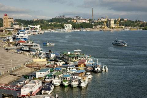 ドナウ川と船乗り場