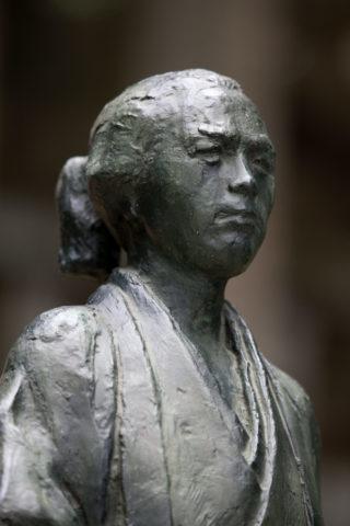 坂本龍馬の像