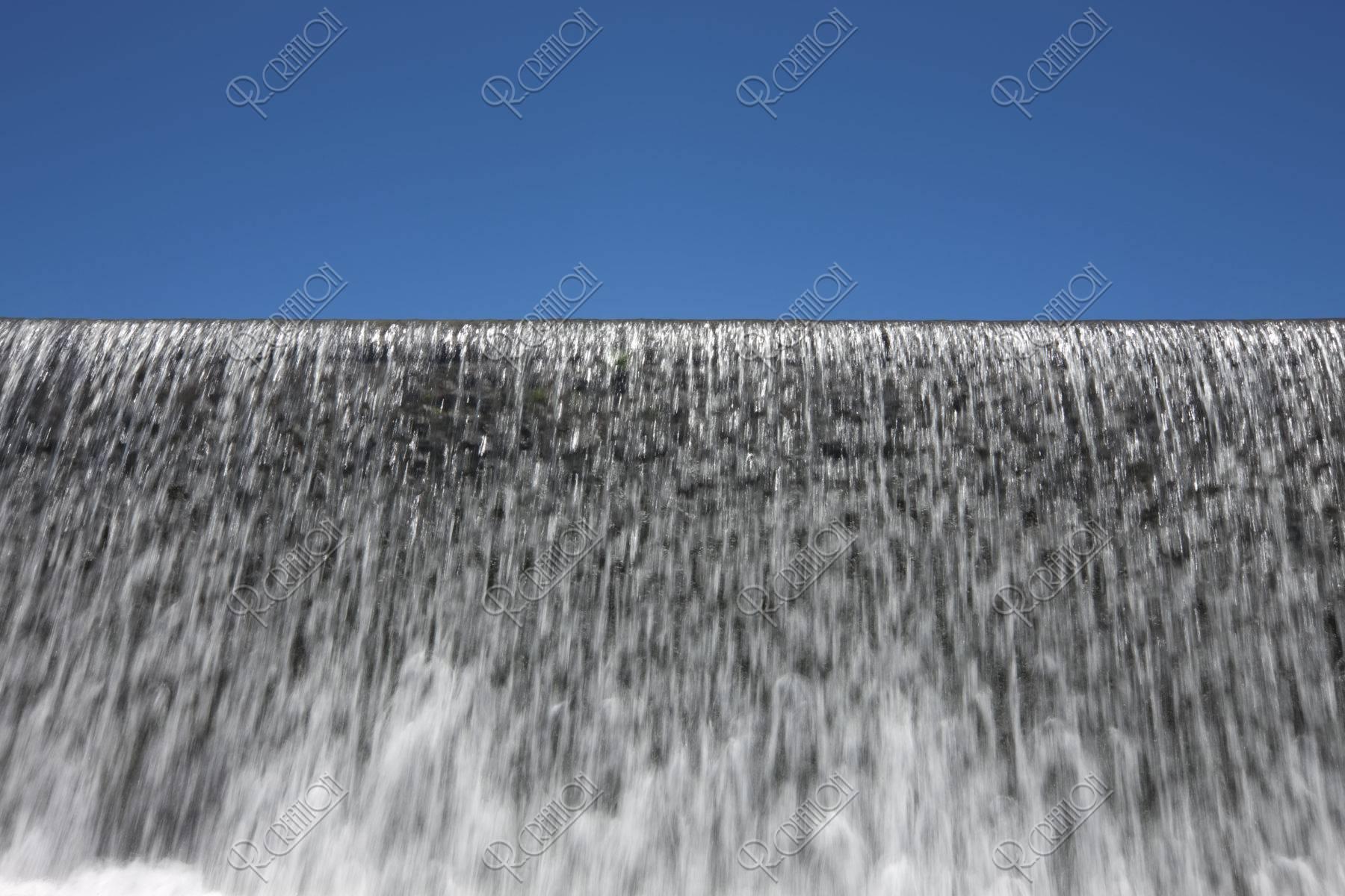 夏の賀茂川上流 柊野