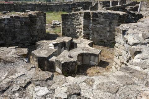 ストビ遺跡 洗礼堂