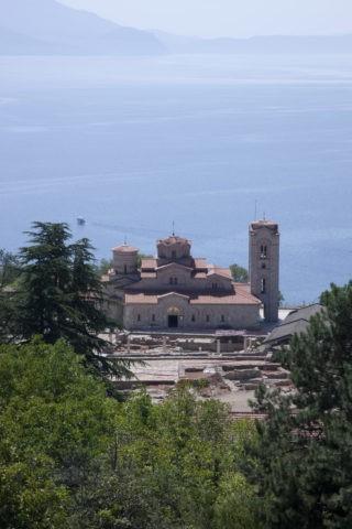 聖パンテレイモン教会とオフリド湖 世界遺産