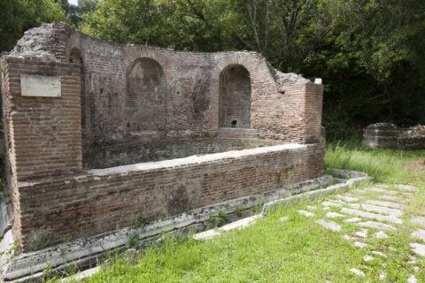 ブトリント遺跡 ニンフの泉 世界遺産