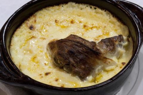 郷土料理 牛肉のヨーグルトオーブン焼き タベコシ