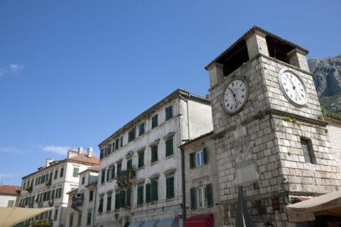 旧市街 武器広場 時計塔 世界遺産
