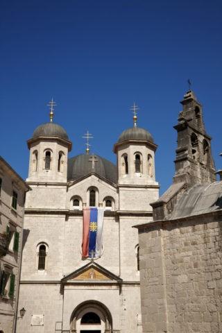 旧市街 聖ニコラ教会と聖ルカ教会 世界遺産