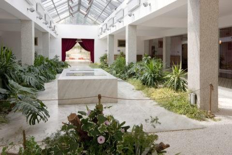 チトー元大統領の墓