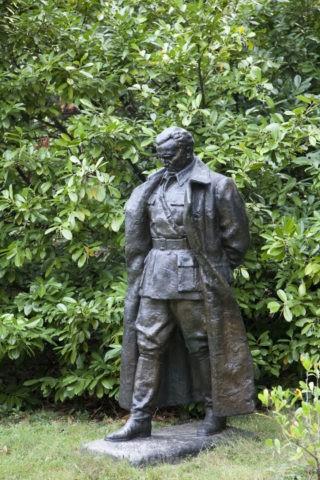 チトー元大統領の像