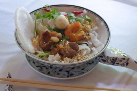 ベトナム料理 フォー (ミークゥアン)
