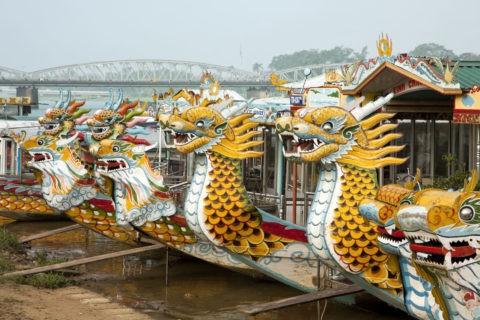 フエフォーン川の観光船
