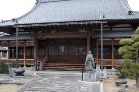 誕生寺 本堂