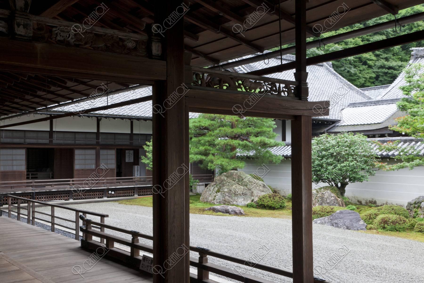 南禅寺 欄間と石庭