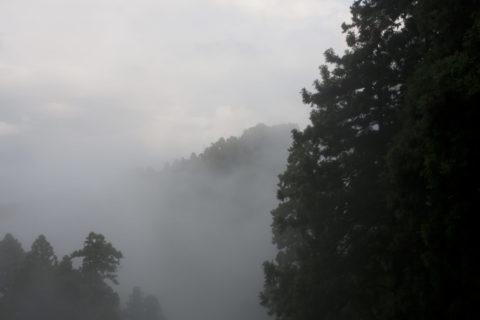 煙霧の比叡山 世界遺産