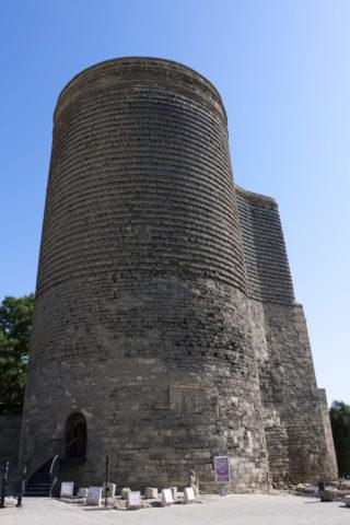 旧市街 乙女の塔 w