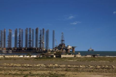 天然ガスの汲み上げ