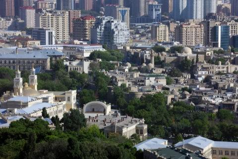 殉教者の小道からの新市街、旧市街展望