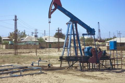 石油の採掘場