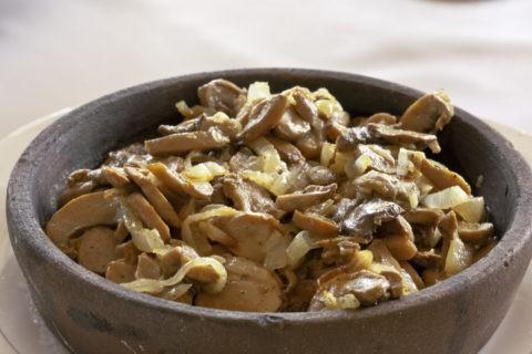 コーカサス料理 キノコ料理 チャシュシュリ