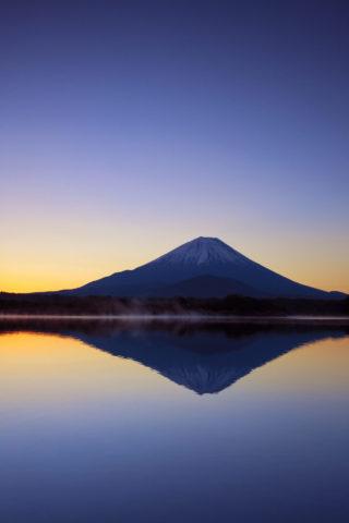 富士山と精進湖