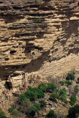 バンディアガラの断崖 w