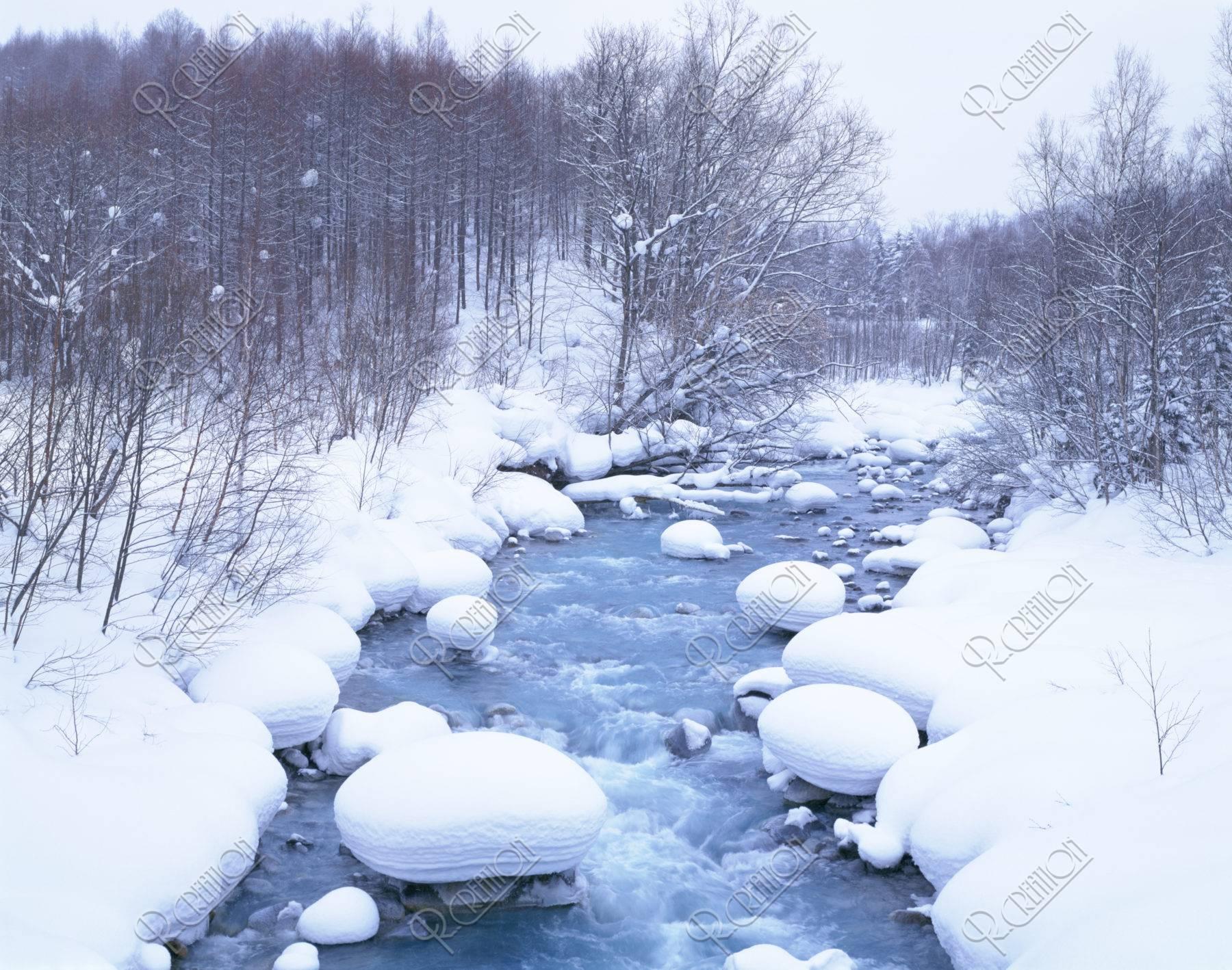 雪の美瑛川