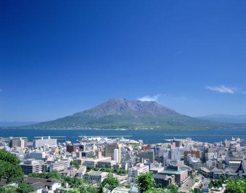市内と桜島