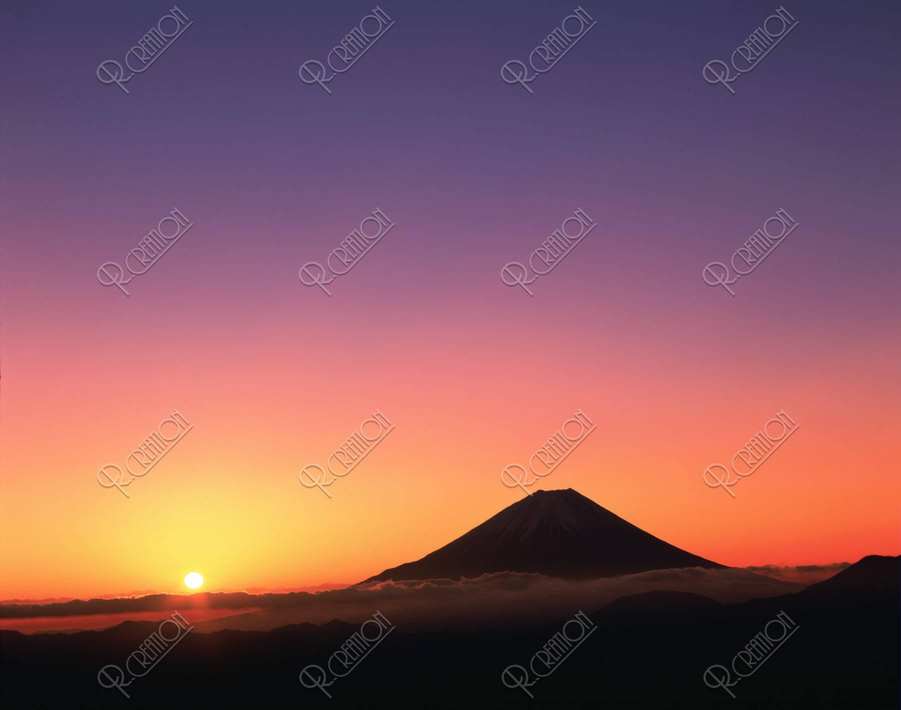 櫛形山から 富士山 朝日