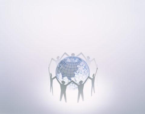 人の形と地球儀