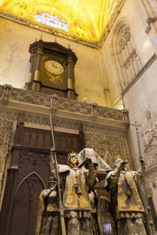 セビリア大聖堂 コロンブスの墓