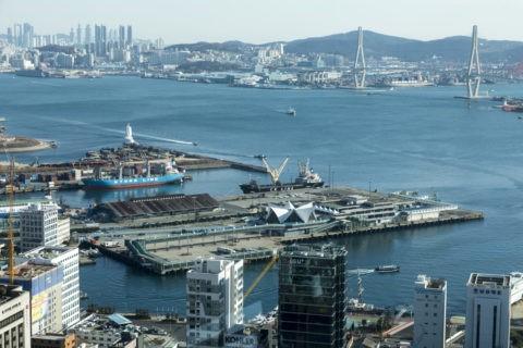 釜山タワーからの釜山北港